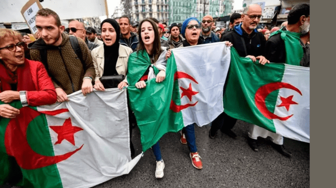 Druk op Hirak in Algerije