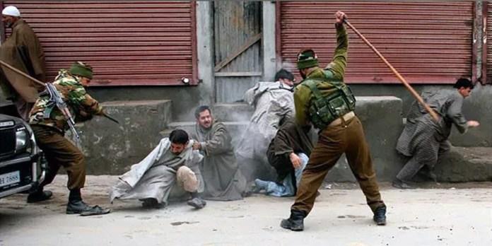 """Kasjmiri, de """"Oeigoeren"""" van India?"""