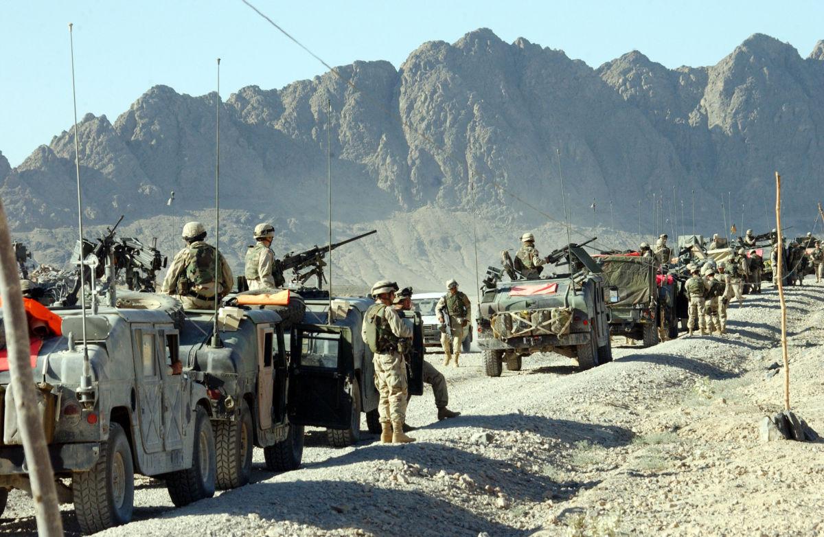 Einde van de oorlog tegen Afghanistan: einde van de oorlogsjustitie tegen Nizar Trabelsi en Malika El Aroud?
