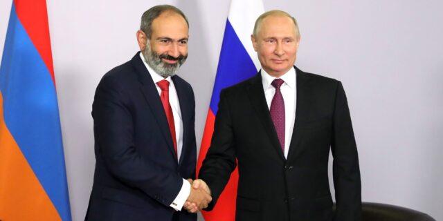 "Pachinjan bij ""vriend"" Poetin (kremlin.ru)"